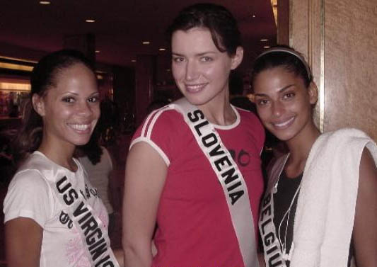 JeTaime Cerge (U.S. virgin Islands), Natasa Pinoza (Slovenia) and Tatiana Silva (Belgium)